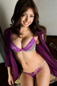 Asian Brunette Sarah Sexy Lingerie Photos