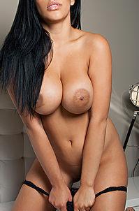 Bunnie Brook Busty Nude Playboy Babe
